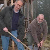 Vor den Vorhang: Ökokreis greift älteren Arbeitslosen unter die Arme
