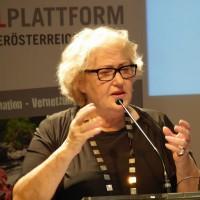 PE-Tagung: Julia Onken ist überzeugt, dass Glücklichsein lernbar ist