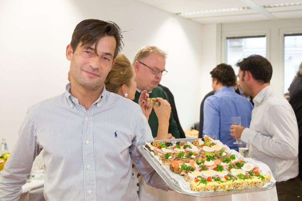 """Der Job-TransFair-Betrieb """"Kümmerei"""" sorgte fürs leibliche Wohl der Gäste."""