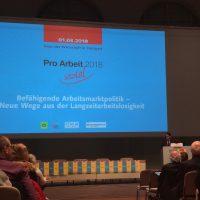 Während Österreich kürzt, investiert Deutschland in arbeitslose Menschen
